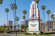 Big Newport Edwards Corona Virus Shutdown Temporarily Closed Signage