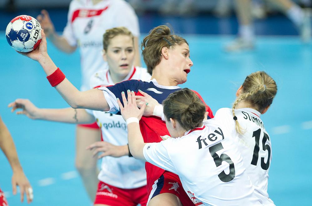 London Handball Cup - GB vs Austria - Lyn Byl (GB), Sonja Frey (AUT), Sabrina Stumlov (AUT)
