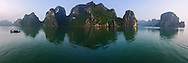Vietnam images-panoramic landscape-Ha Long- Natural heritage hoàng thế nhiệm
