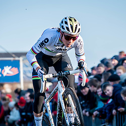 2019-12-27 Cycling: dvv verzekeringen trofee: Loenhout: Sanne Cant is about to find her old form