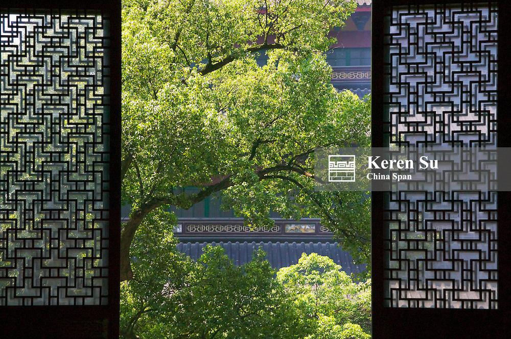 Latticed window with landscape, Lingyin Temple, Hangzhou, Zhejiang, China