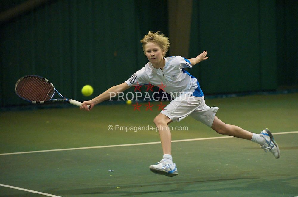 OSLO, NORWAY - Saturday, December 19, 2009: Victor Marum during the Northern Vision Tennis Academy at the Riksanlegget. (Pic by David Rawcliffe/Propaganda)