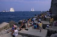 Classic week,the sailing ships in Hercules port    Monaco        Classic week, rassemblement des voiliers dans le port Hercules    Monaco   R00286/9    L4107  /  R00286  /  P0007574