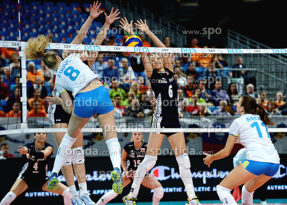 28-09-2015 NED: Volleyball European Championship Polen - Slovenie, Apeldoorn<br /> Polen wint met 3-0 van Slovenie / Agnieszka Bednarek - Kasza #6<br /> Photo by Ronald Hoogendoorn / Sportida