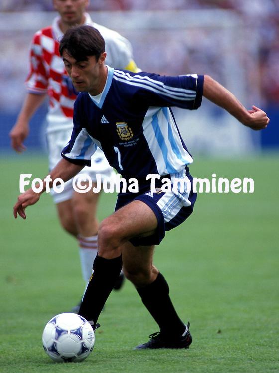 FIFA World Cup - France 1998.Claudio L--pez - Argentina.©JUHA TAMMINEN