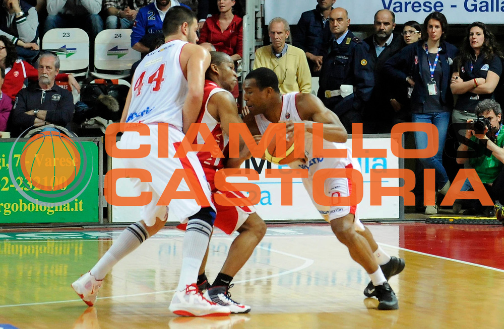 DESCRIZIONE : Varese Lega A 2012-13 Cimberio Varese Scavolini Banca Marche Pesaro<br /> GIOCATORE : Mike Green<br /> SQUADRA : Cimberio Varese <br /> EVENTO : Campionato Lega A 2012-2013<br /> GARA :  Cimberio Varese Scavolini Banca Marche Pesaro<br /> DATA : 28/04/2013<br /> CATEGORIA : Attacco Controcampo <br /> SPORT : Pallacanestro<br /> AUTORE : Agenzia Ciamillo-Castoria/A.Giberti<br /> Galleria : Lega Basket A 2012-2013<br /> Fotonotizia : Varese Lega A 2012-13 Cimberio Varese Scavolini Banca Marche Pesaro<br /> Predefinita :