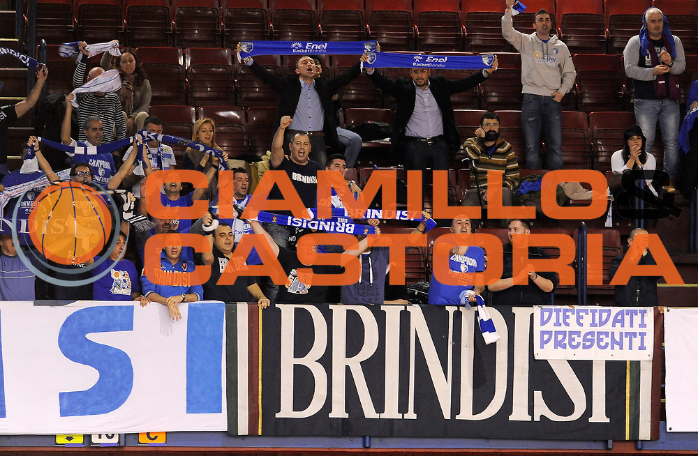 DESCRIZIONE : Milano Coppa Italia Final Eight 2014 Quarti di Finale Enel Brindisi Umana Reyer Venezia<br /> GIOCATORE : <br /> CATEGORIA : Tifosi Supporters Ultras<br /> SQUADRA : Enel Brindisi<br /> EVENTO : Beko Coppa Italia Final Eight 2014<br /> GARA : Enel Brindisi Umana Reyer Venezia<br /> DATA : 08/02/2014<br /> SPORT : Pallacanestro<br /> AUTORE : Agenzia Ciamillo-Castoria/A.Giberti<br /> GALLERIA : Lega Basket Final Eight Coppa Italia 2014<br /> FOTONOTIZIA : Milano Coppa Italia Final Eight 2014 Quarti di Finale Enel Brindisi Umana Reyer Venezia<br /> Predefinita :