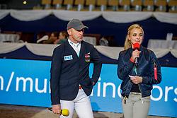 WULSCHNER Holger (GER), KLEMENT Nicole<br /> München - Munich Indoors 2019<br /> Impressionen am Rande<br /> CSI4* - Championat der Deutsche Vermögensberatung AG -DVAG (Große Tour)<br /> Springprüfung mit Stechen, international<br /> Höhe: 1.50m<br /> 23. November 2019<br /> © www.sportfotos-lafrentz.de/Stefan Lafrentz
