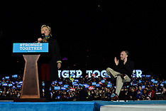 20161022 - Clinton and Kaine in Philadelphia, PA - BS1199
