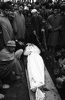 Jammu &amp; Kashmir: Srinagar 1994<br /> Photoreportage by Kash Gabriele Torsello