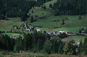 Deutschland, Germany,Baden-Wuerttemberg.Schwarzwald.Blick auf Menzenschwand im Tal.View on Menzenschwand in valley...