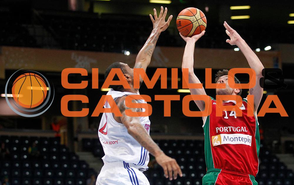 DESCRIZIONE : Panevezys Lithuania Lituania Eurobasket Men 2011 Preliminary Round Inghilterra Portogallo Great Britain Portugal<br /> GIOCATORE : Miguel Miranda <br /> SQUADRA : Portogallo Portugal<br /> EVENTO : Eurobasket Men 2011<br /> GARA : Inghilterra Portogallo Great Britain Portugal<br /> DATA : 04/09/2011 <br /> CATEGORIA : tiro shot<br /> SPORT : Pallacanestro <br /> AUTORE : Agenzia Ciamillo-Castoria/L.Kulbis<br /> Galleria : Eurobasket Men 2011 <br /> Fotonotizia : Panevezys Lithuania Lituania Eurobasket Men 2011 Preliminary Round Inghilterra Portogallo Great Britain Portugal<br /> Predefinita :