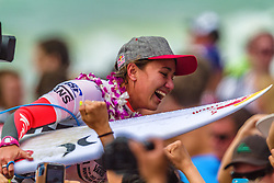 "HUNTINGTON BEACH, California/USA (Sunday, July 28, 2013) - Carissa Moore (HAW), 20, white shirt, has won the Vans US Open of Surfing over local favorite Courtney Conlogue (USA), 20, red shirt, in peaky one-to-three foot (1 metre) waves at Huntington Beach Pier, taking the No. 1 position on the ASP Women's World Title Race. To be honest I'm a little shocked right now because I thought Courtney (Conlogue) won when the crowd erupted on that last wave,"" Moore said.  PHOTO © Eduardo E. Silva/SILVEXPHOTO.COM."