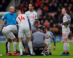 BOURNEMOUTH, ENGLAND - Saturday, December 8, 2018: Liverpool's Adam Lallana is covered in blood as he is treated for an injury during the FA Premier League match between AFC Bournemouth and Liverpool FC at the Vitality Stadium. (Pic by David Rawcliffe/Propaganda)