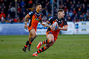 Castleford Tigers stand off Jamie Ellis (6) in action  during the Betfred Super League match between Castleford Tigers and Widnes Vikings at the Jungle, Castleford, United Kingdom on 11 February 2018. Picture by Simon Davies.
