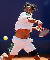 Internationales ATP Turnier am Stuttgarter Weissenhof Herren Einzel  Mariano ZABALETA (ARG) spielt eine Vorhand.