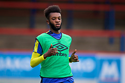 ALDERSHOT, ENGLAND - Friday, April 21, 2017: Everton's Beni Baningime warms-up before FA Premier League 2 Division 1 Under-23 match against Chelsea at the Recreation Ground. (Pic by David Rawcliffe/Propaganda)