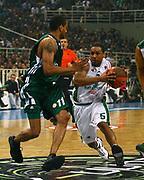 DESCRIZIONE : Atene Eurolega 2008-09 Quarti di Finale Gara 1 Panathinaikos Montepaschi Siena<br /> GIOCATORE : Terrell Mc Intyre<br /> SQUADRA : Montepaschi Siena<br /> EVENTO : Eurolega 2008-2009<br /> GARA : Panathinaikos Montepaschi Siena<br /> DATA : 24/03/2009<br /> CATEGORIA : palleggio<br /> SPORT : Pallacanestro<br /> AUTORE : Agenzia Ciamillo-Castoria/Action Images.gr<br /> Galleria : Eurolega 2008-2009<br /> Fotonotizia : Siena Eurolega 2008-09 Panathinaikos Montepaschi Siena<br /> Predefinita :