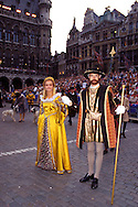 "Europe, Belgium, Brussels, participants of the Ommegang festival at the Grand Place [The Ommegang was originally established to commemorate the transfer of the miraculous statue of ""Notre-Dame sur la Branche"", who was worshipped in the Antwerp Cathedral. Over the years this commemorative procession has lost its religious character and has become a parade whose aim is to show the different reliquaries of Brussels. Nowadays the parade of the Ommegang is one of the most awe-inspiring spectacles in Belgium. It recalls the pomp and ceremony of a splendid celebration held there to honour Charles V and his Court (16th century). It is a celebration of grand proportions, complete with the costumes of the times and where the descendants of the nobility play the roles of their ancestors].....Europa, Belgien, Bruessel, Teilnehmer des Ommegang auf dem Grand Place [der Ommegang wurde urspruenglich ins Leben gerufen, um der Ueberfuehrung der wunderbaren Statue Notre Dame sur la Branche zu gedenken, die damals in der Kathedrale von Antwerpen verehrt wurde. Die Gedenkprozession verlor nach und nach ihren religioesen Charakter und wurde mit der Zeit ein prunkvolles Defilee um den Reichtum der Bruesseler zur Schau zu stellen...Heutzutage ist der Ommegang eine der grandiosesten historischen Darstellungen Belgiens. Die Veranstaltung stellt den Prunk eines im 16. Jh. zu Ehren des Karls V. und seines Hofes abgehaltenen Festes dar. Der Ommegang bleibt bis heute ein Fest voller Pracht mit historischen Kostuemen aus der damaligen Zeit und mit Nachkommen des Adels, die bestimmte Rollen einnehmen]..."