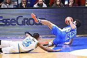 DESCRIZIONE : Cremona Lega A 2015-2016 Vanoli Cremona Banco di Sardegna Sassari<br /> GIOCATORE : Giacomo Devecchi<br /> SQUADRA : Banco di Sardegna Sassari<br /> EVENTO : Campionato Lega A 2015-2016<br /> GARA : Vanoli Cremona Banco di Sardegna Sassari<br /> DATA : 17/01/2016<br /> CATEGORIA : Palleggio Equilibrio A Terra Controcampo<br /> SPORT : Pallacanestro<br /> AUTORE : Agenzia Ciamillo-Castoria/F.Zovadelli<br /> GALLERIA : Lega Basket A 2015-2016<br /> FOTONOTIZIA : Cremona Campionato Italiano Lega A 2015-16  Vanoli Cremona Banco di Sardegna Sassari<br /> PREDEFINITA : <br /> F Zovadelli/Ciamillo