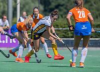 BLOEMENDAAL   -  Bente Sluijter (Vict),  oefenwedstrijd dames Bloemendaal-Victoria, te voorbereiding seizoen 2020-2021.   COPYRIGHT KOEN SUYK