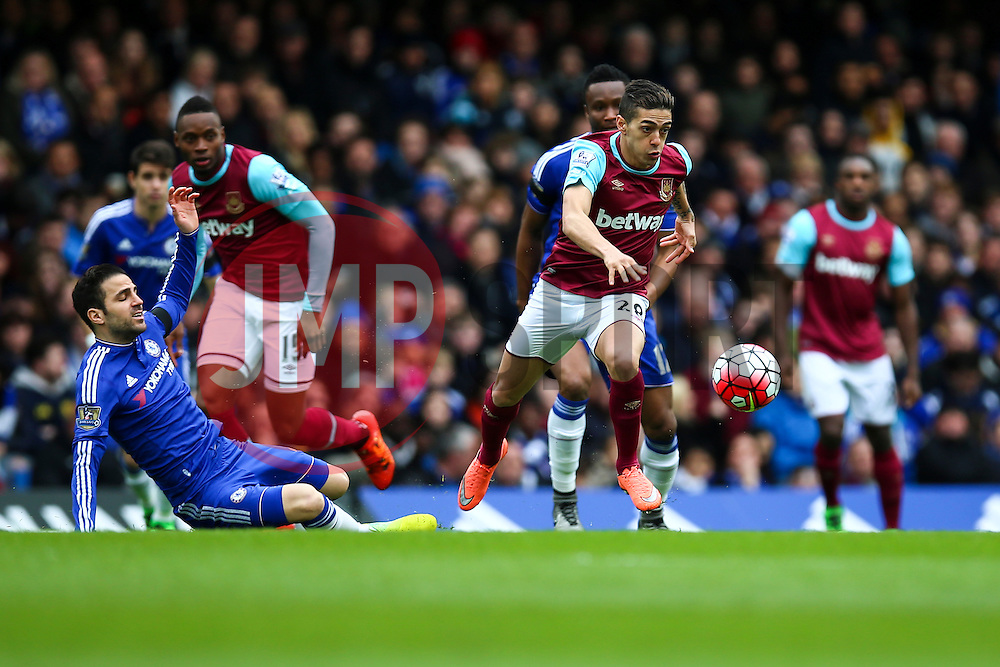 Manuel Lanzini of West Ham United puts pressure on Chelseaearly on - Mandatory byline: Jason Brown/JMP - 19/03/2016 - FOOTBALL - London, Stamford Bridge - Chelsea v West Ham United - Barclays Premier League