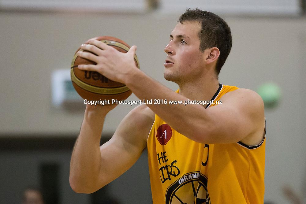 Taranaki's Daniel Miller in a NBL Basketball Match, James Blond Supercity Rangers v Taranaki Mountainairs, AUT North Shore, Auckland, New Zealand, Saturday, March 12, 2016. Copyright photo: David Rowland / www.photosport.nz