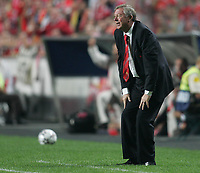 Photo: Lee Earle.<br /> Benfica v Manchester United. UEFA Champions League, Group F. 26/09/2006. United manager Sir Alex Ferguson.