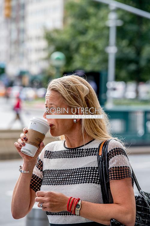 NEW YORK princess mabel in new york city ROBIN UTRECHT