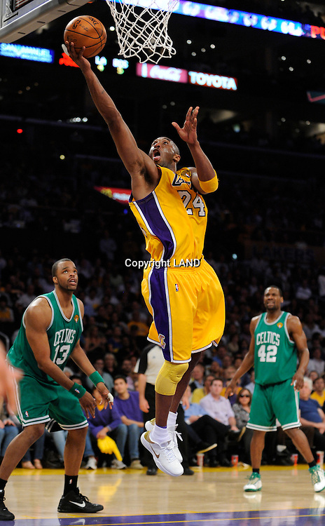 Kobe Bryant gets away from the Celtics for an easy 4th quarter layup. The Lakers defeated the Boston Celtics in game 6 of the NBA Finals 89-67. Los Angeles, CA 06/15/2010 (John McCoy/Staff Photographer).
