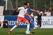 21.09.2017; Niederhasli; FUSSBALL U16 - Schweiz - Italien;<br /> Camreon Prats (SUI) Carlo Cavallo (ITA) <br /> (Andy Mueller/freshfocus)