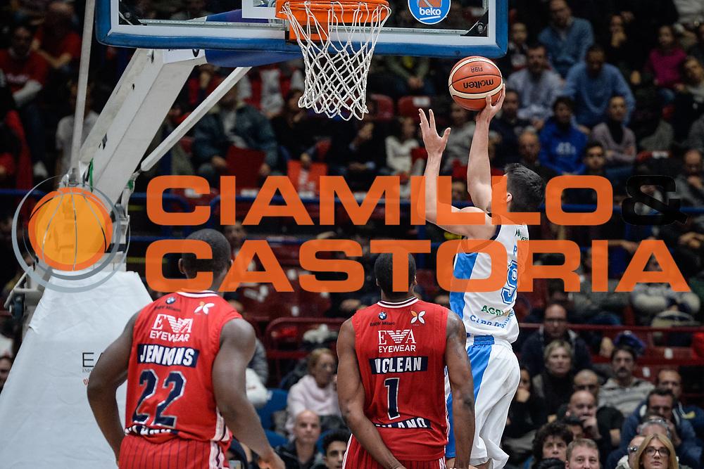 DESCRIZIONE : Milano Lega A 2015-16 <br /> GIOCATORE : Zoltan Perl<br /> CATEGORIA : Tiro Contorcampo<br /> SQUADRA : <br /> EVENTO : Campionato Lega A 2015-2016<br /> GARA : Olimpia EA7 Emporio Armani Milano Betaland Capo d'Orlando<br /> DATA : 13/12/2015<br /> SPORT : Pallacanestro<br /> AUTORE : Agenzia Ciamillo-Castoria/M.Ozbot<br /> Galleria : Lega Basket A 2015-2016 <br /> Fotonotizia: Milano Lega A 2015-16
