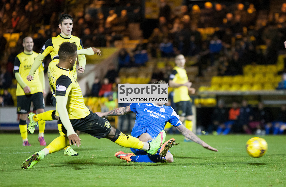 Livingston v Queen of the South, Scottish Championship, 2 January 2016, Gary Oliver (Queen of the South, 28) comes close during the Livingston v Queen of the South Scottish Championship match played at the Toni Macaroni Arena, © Chris Johnston | SportPix.org.uk