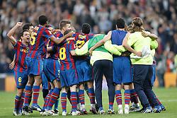 10.04.2010, Estadio Santiago Bernabeu, Madrid, ESP, Primera Division, Real Madrid vs FC Barcelona. EXPA Pictures © 2010, PhotoCredit: EXPA/ Alterphotos/ Cesar Cebolla / SPORTIDA PHOTO AGENCY