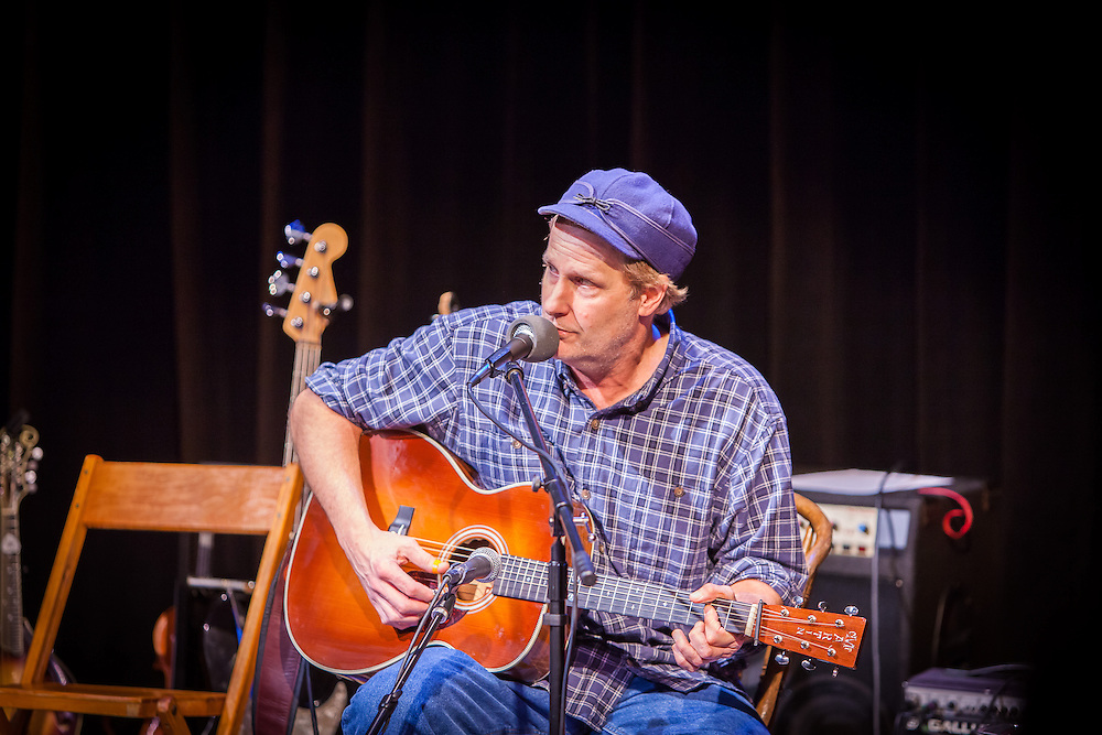 Jeff Daniels performs at Unstaged & Unplugged at Purple Rose Theatre Company