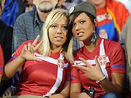 FUDBAL, BEOGRAD, 5. Jun 2010. - Navijacice Srbije. Prijateljska utakmica izmedju Srbije i Kameruna odigrana u okviru priprema za Svetsko prvenstvo u Juznoj Africi. Foto: Nenad Negovanovic