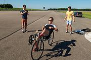 In Lelystad test het team met de VeloX op de RDW baan. In september wil het Human Power Team Delft en Amsterdam, dat bestaat uit studenten van de TU Delft en de VU Amsterdam, tijdens de World Human Powered Speed Challenge in Nevada een poging doen het wereldrecord snelfietsen voor vrouwen te verbreken met de VeloX 9, een gestroomlijnde ligfiets. Het record is met 121,81 km/h sinds 2010 in handen van de Francaise Barbara Buatois. De Canadees Todd Reichert is de snelste man met 144,17 km/h sinds 2016.<br /> <br /> With the VeloX 9, a special recumbent bike, the Human Power Team Delft and Amsterdam, consisting of students of the TU Delft and the VU Amsterdam, also wants to set a new woman's world record cycling in September at the World Human Powered Speed Challenge in Nevada. The current speed record is 121,81 km/h, set in 2010 by Barbara Buatois. The fastest man is Todd Reichert with 144,17 km/h.