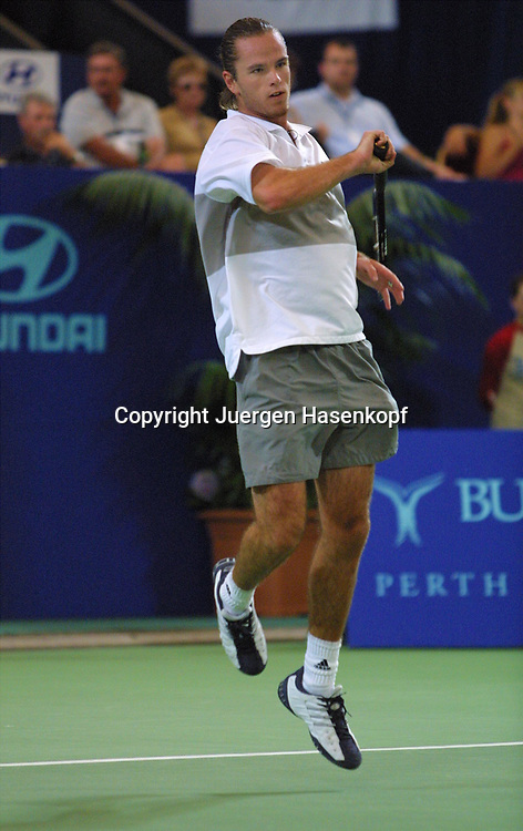 Sport,Tennis,Hopman Cup in Perth,Australien,Mixed<br /> Doubles WM, Xavier Malisse (Bel.) in Aktion,action , 04.01.2002<br /> Foto:Juergen Hasenkopf