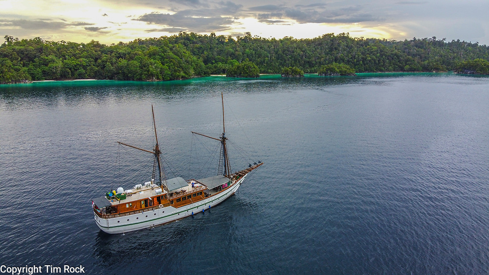 DCIM\100MEDIA\DJI_0688.JPG Triton Bay Dec 2019 (West Papua Indonesia)
