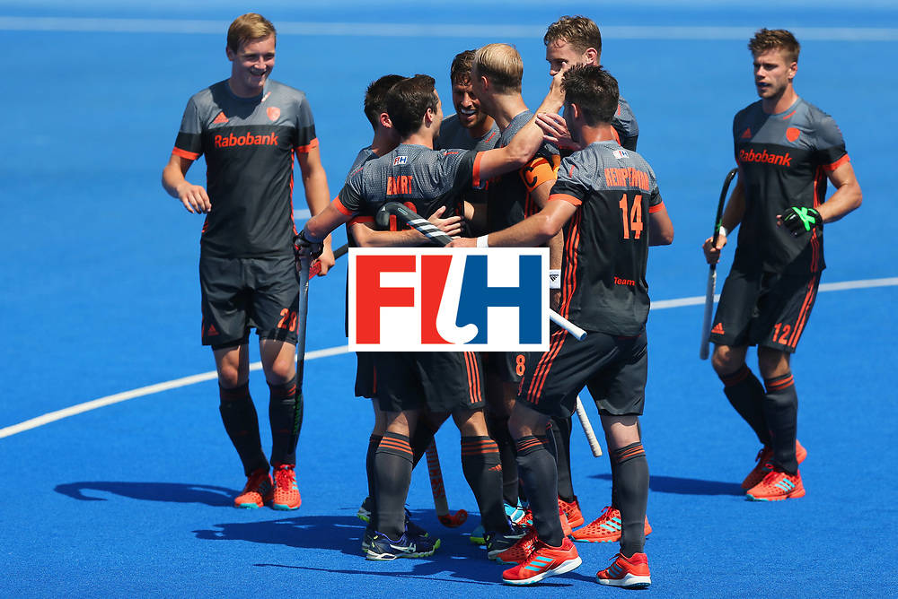 LONDON, ENGLAND - JUNE 20:  Sander Baart of the Netherlands 913) celebrates with team mates as he scores their second goal during the Pool B match between India and the Netherlands on day six of the Hero Hockey World League Semi-Final at Lee Valley Hockey and Tennis Centre on June 20, 2017 in London, England.  (Photo by Alex Morton/Getty Images)