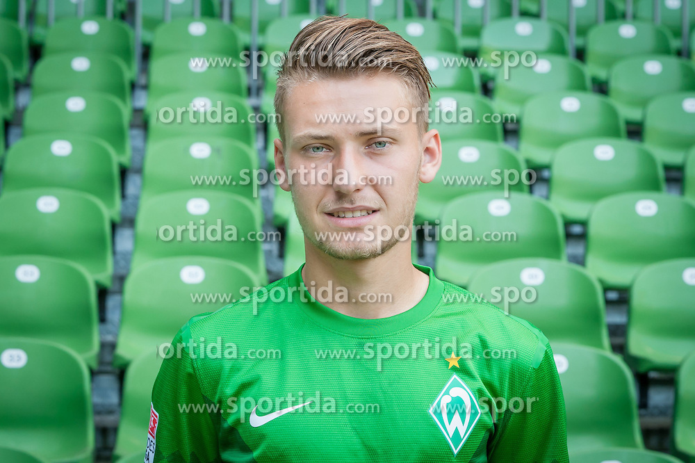 27.07.2012, Weserstadion, Bremen, GER, 1. FBL, SV Werder Bremen, Fototermin, im Bild Tom Trybull (SV Werder Bremen #25) // during the official Team Photo Call of the German Bundesliga Club SV Werder Bremen at the Weserstadion, Bremen, Germany on 2012/07/27. EXPA Pictures © 2012, PhotoCredit: EXPA/ Andreas Gumz ***** ATTENTION out of GERMANY *****