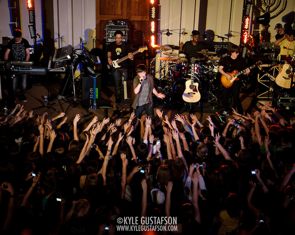 "WASHINGTON, D.C. - April 28th, 2011: Youtube sensation Greyson Chance performs at 6th & I Synagogue in Washington, D.C. Recently signed to eleveneleven Records, run by Ellen DeGeneres, Chance released his debut single ""Waiting Outside The Lines"" in October of 2010.  (Photo by Kyle Gustafson/For The Washington Post)"