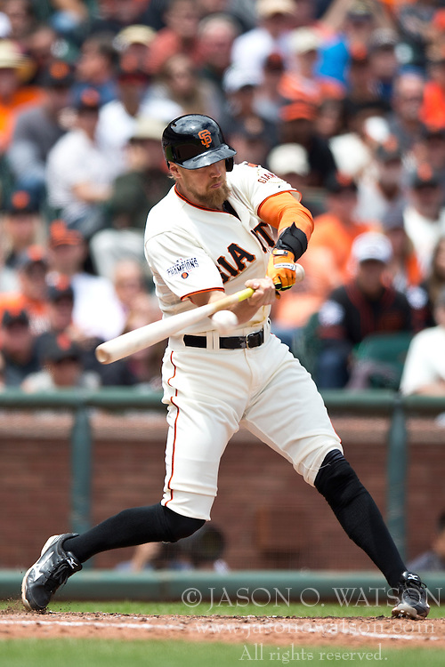 SAN FRANCISCO, CA - MAY 21: Hunter Pence #8 of the San Francisco Giants hits an RBI single against the Los Angeles Dodgers during the fourth inning at AT&T Park on May 21, 2015 in San Francisco, California. The San Francisco Giants defeated the Los Angeles Dodgers 4-0.  (Photo by Jason O. Watson/Getty Images) *** Local Caption *** Hunter Pence