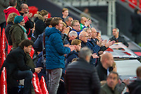 BILBAO - 09-12-15, Athletic Bilbao - AZ, Europa League, persconferentie, training, San Mames Stadion, supporters van AZ.