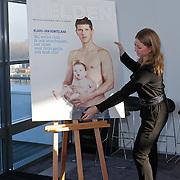 NLD/Rotterdam/20111116 - Presentatie Helden 11 magazine, Kim Barend