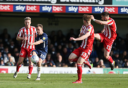 Simon Cox of Southend United passes the ball - Mandatory by-line: Arron Gent/JMP - 04/05/2019 - FOOTBALL - Roots Hall - Southend-on-Sea, England - Southend United v Sunderland - Sky Bet League One