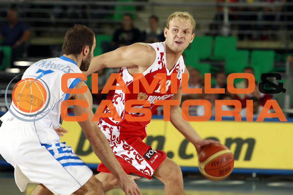 DESCRIZIONE : Bydgoszcz Poland Polonia Eurobasket Men 2009 Qualifying Round Grecia Russia Greece Russia<br /> GIOCATORE : Anton Ponkrashov<br /> SQUADRA : Russia<br /> EVENTO : Eurobasket Men 2009<br /> GARA : Grecia Russia Greece Russia <br /> DATA : 13/09/2009 <br /> CATEGORIA :<br /> SPORT : Pallacanestro <br /> AUTORE : Agenzia Ciamillo-Castoria/H.Bellenger<br /> Galleria : Eurobasket Men 2009 <br /> Fotonotizia : Bydgoszcz Poland Polonia Eurobasket Men 2009 Qualifying Round Grecia Russia Greece Russia<br /> Predefinita :