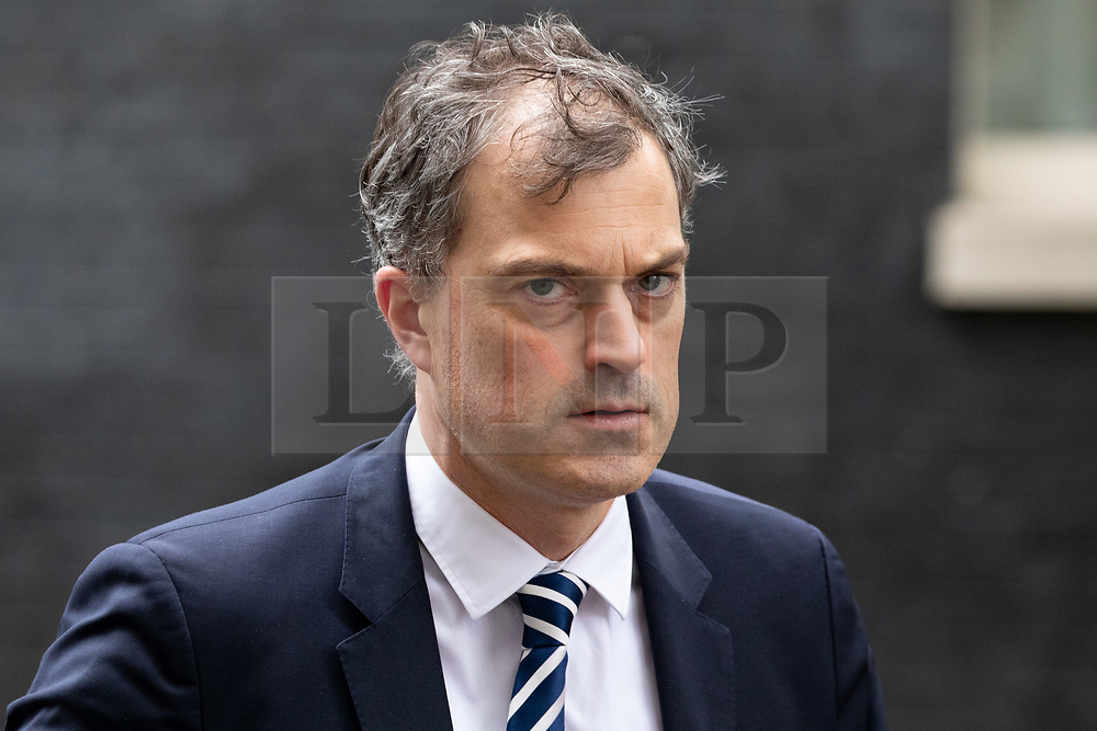 © Licensed to London News Pictures. 06/11/2018. London, UK. Chief Whip Julian Smith leaving 10 Downing Street after attending a Cabinet meeting this morning. Photo credit : Tom Nicholson/LNP
