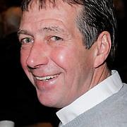 """NLD/St. Willibrord/20120427 - Boekpresentatie """"Op weg naar Alpe d'Huez"""" door Dries van Agt en zoon Frans, oud wielrenner Johan van der Velde"""