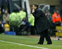 Photo: Steve Bond/Sportsbeat Images.<br />Derby County v Chelsea. The FA Barclays Premiership. 24/11/2007. Billy Davis gives instructions